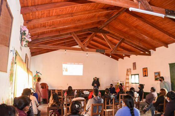 El Gobierno promueve talleres de actualización sobre protocolos para la actividad turística