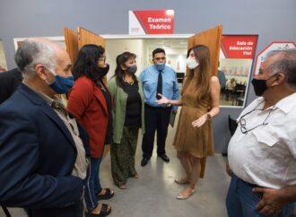 La intendenta destacó la calidad del servicio del Centro de Emisión de Licencias de zona Sur