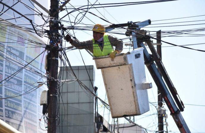 Se retiraron más de 12 mil metros de cables en desuso en la ciudad