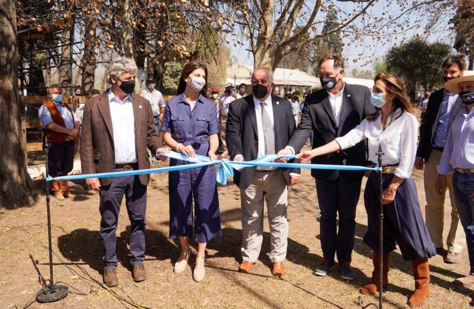 Bettina Romero participó de la inauguración de la edición N°77 de la Expo Rural