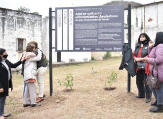 Se señalizó como sitio de la Memoria a un sector del cementerio De la Santa Cruz